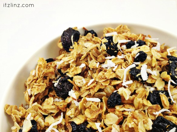 cherry choconut granola