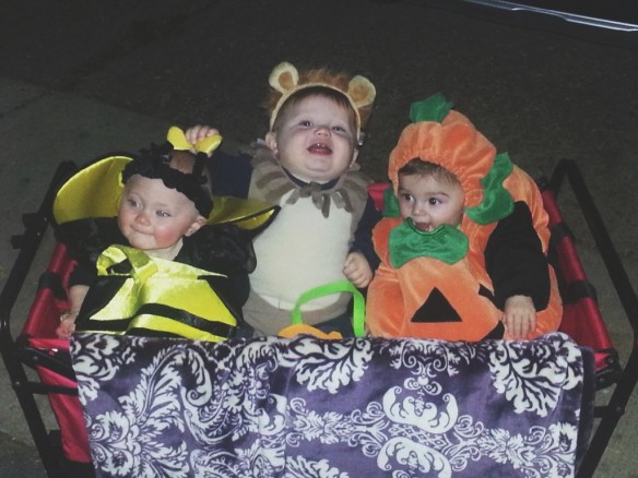 halloween wagon1