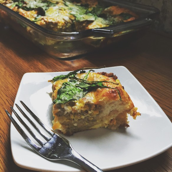 egg biscuit chicken cheese casserole