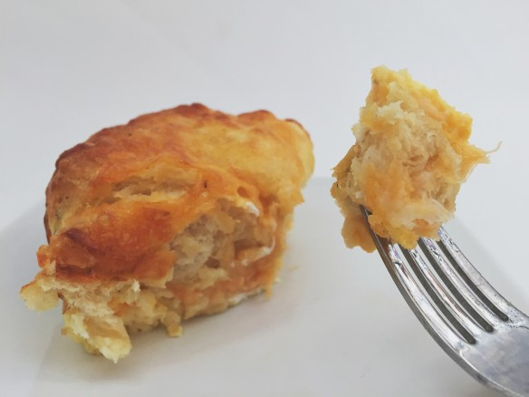 biscuit egg cheese casserole recipe