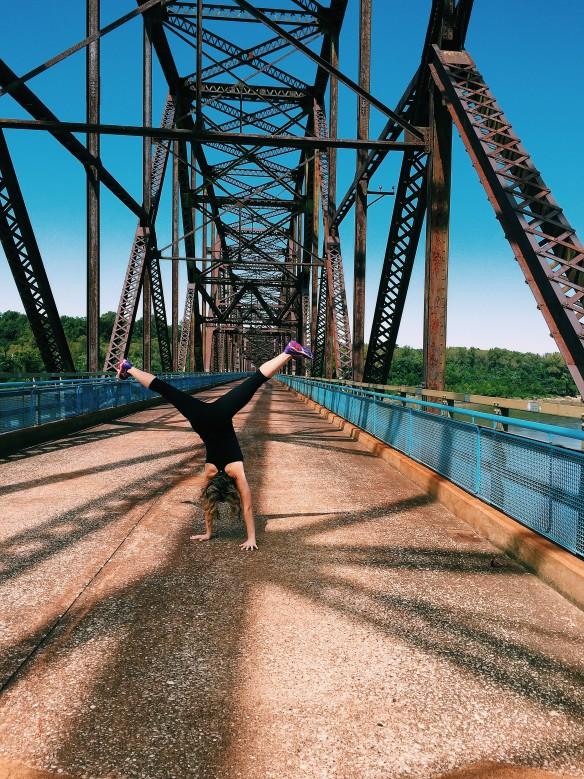 chain rocks bridge cartwheel
