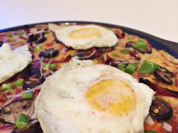 fried egg veggie pizza cauliflower crust